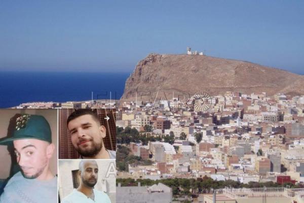 """مآساة عائلات ثلاثة شبان مغاربة قرروا الهجرة إلى إسبانيا عبر """"جيت سكي"""""""