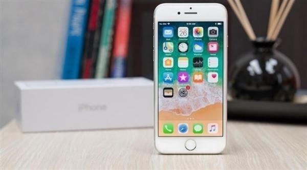 """إطلاق """"iPhone SE 2"""" في هذا الموعد و هذا هو سعره"""
