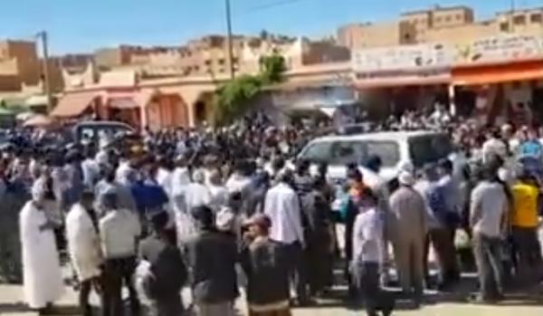 محاصرة دركي وسط تازارين بعد صفعه لأستاذ بالشارع العام