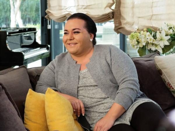 اعتقال مُغني اسباني مُتحول جنسيا بطنجة وهذه أخطر تهمة يواجهها