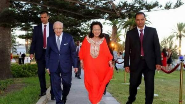"""بالتزامن مع الانتخابات التونسية...وفاة أرملة الرئيس الراحل """"السبسي"""""""