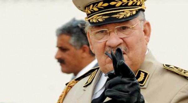13ef563fb قائد الجيش الجزائري يتهم المغرب ضمنيا بدعم المتظاهرين ومحاولة زعزعة استقرار  البلاد