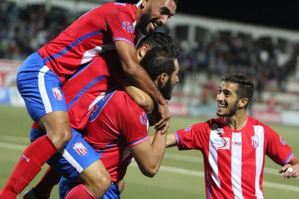 المغرب التطواني يقتلع فوزا صعبا أمام شباب خنيفرة في مباراة مجنونة (فيديو)