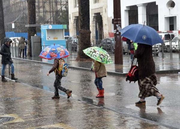 طقس اليوم...أمطار قوية وتساقط للبرد في مجموعة من مناطق المغرب