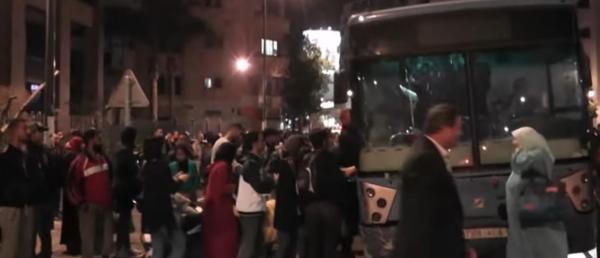 """احتجاجات عارمة تجتاح الدار البيضاء بسبب شركة """"ألزا"""" للنقل"""