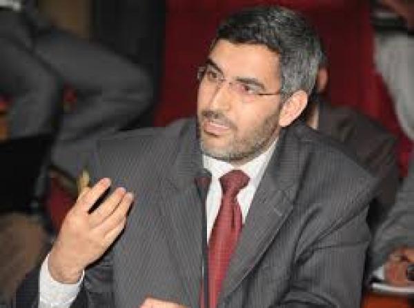 نبذة عن عبد العزيز عماري الوزير المكلف بالعلاقات مع البرلمان والمجتمع المدني