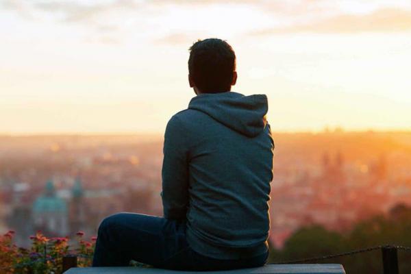 إجراءات و تدابير مهمة للتخلص من الشعور بالوحدة