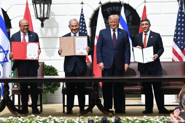 """البنود الكاملة لاتفاقية """"الخيانة والعار"""" التي وقعتها الإمارات والبحرين مع الكيان الصهيوني"""