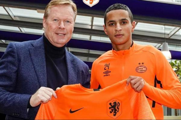 الصحافة الهولندية تكشف سبب رفض إحتارين حمل قميص المنتخب المغربي