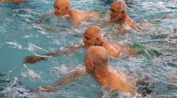 نصائح خاصة بالسباحة لكبار السن