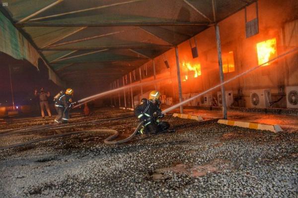 اندلاع حريق بمحطة قطار الحرمين في السعودية (صور+ فيديو)