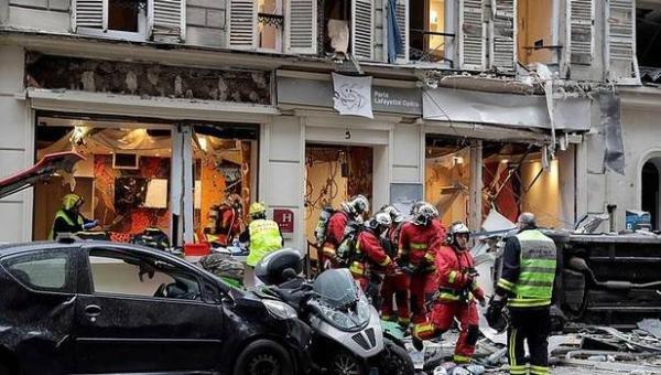 حصيلة جديدة لضحايا الانفجار الذي هز باريس صباح اليوم (فيديو)
