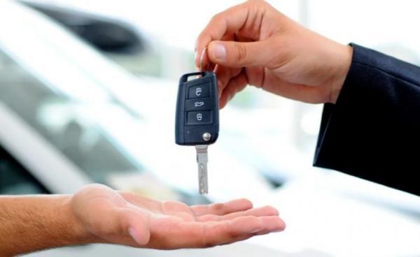 نصائح يجب اتباعها قبل تجربة قيادة سيارة