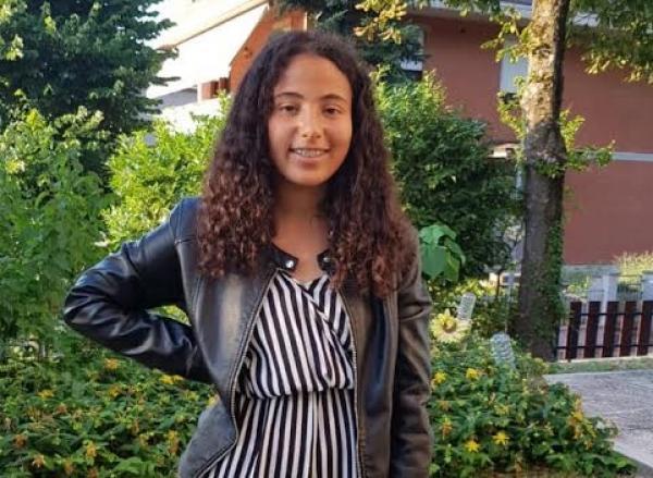 جيهان..تلميذة مغربية تحصل على معدل نادر بإيطاليا (صور)