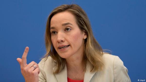 وزيرة ألمانية سابقة: لدى الشبان المسلمين ميلا للعنف أكثر من غيرهم