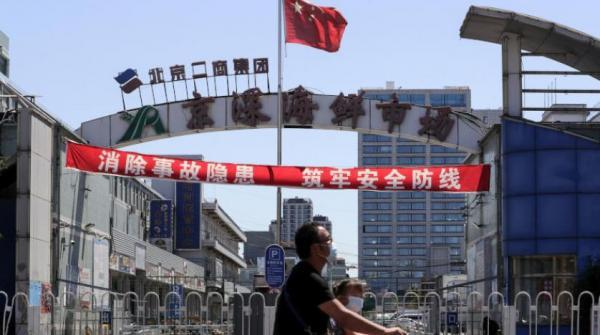 الموجة الثانية لفيروس كورونا تدفع العاصمة الصينية إلى مضاعفة مدة الحجر الصحي