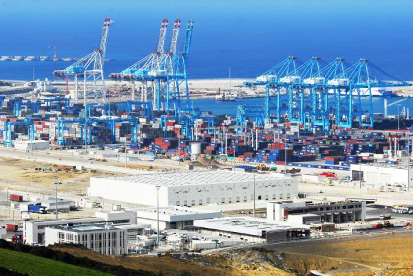 ارتفاع القيمة الإجمالية لصادرات المغرب بحوالي ستة ملايير دولار خلال الخمس سنوات الأخيرة
