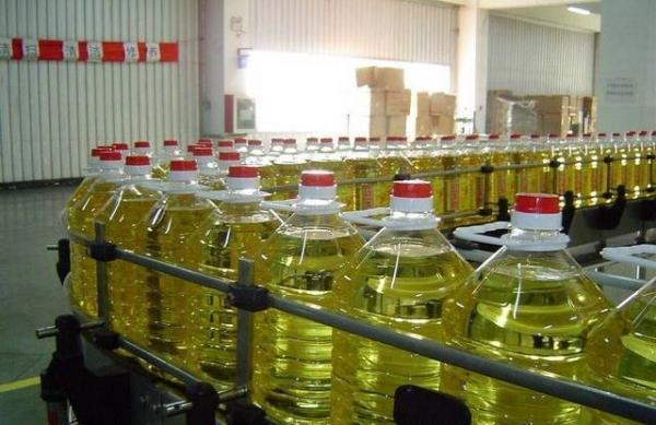 """شركة """"لوسيور"""" تخرج عن صمتها  حول الزيادة في أسعار الزيوت النباتية وهذه مبرراتها"""