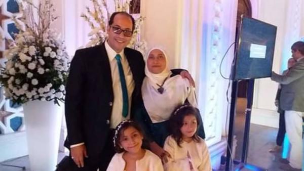 """""""بناتي أمانة في رقبتكم"""".. رسالة مؤثرة لصحفي مصري معتقل هو وزوجته  تلقى تفاعلا واسعا"""