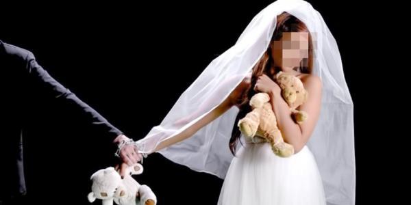 مطالب بحذف مواد القانون التي تسمح بالزواج قبل 18 سنة