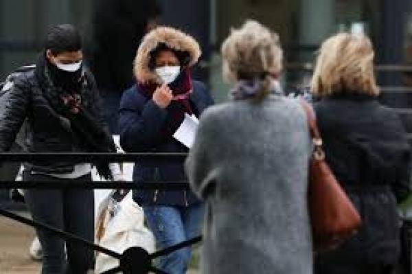 فرنسا: وضع الكمامات في  الهواء الطلق سيصبح الزامياً في أكثر الأماكن المفتوحة اكتظاظاً
