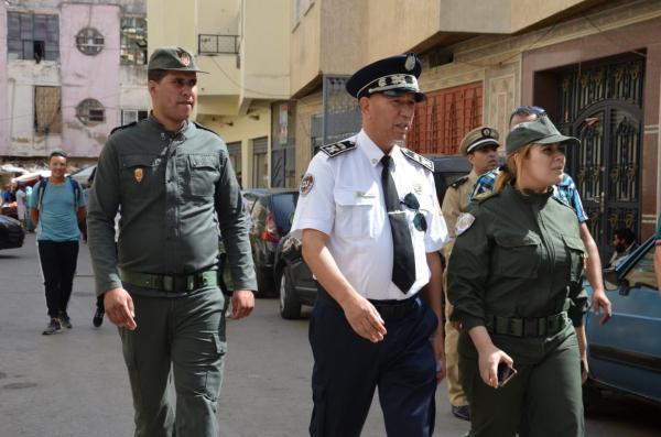 بالفيديو: قائدة بمكناس تشرف على تحرير الملك العام