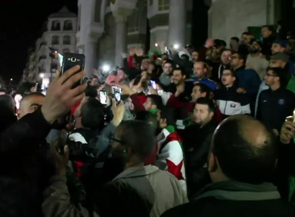 دعوات لمظاهرات مليونية في الجزائر تزامنا مع ذكرى اندلاع ثورة 1954