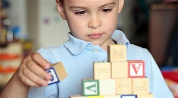 التوتر في الطفولة يؤدي إلى شيخوخة العواطف