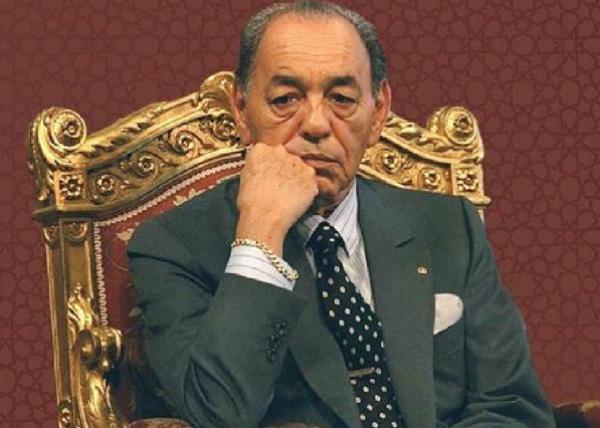 """فضيحة: اختفاء """"لوحات"""" تشكيلية """"ثمينة"""" كان الراحل """"الحسن الثاني""""  قد أهداها للبرلمان"""