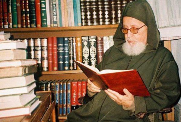 """سلسلة """"فخر المغرب"""": """"محمد بوخبزة""""...الشيخ العلامة الذي يلجأ إليه كبار علماء المشرق الإسلامي"""