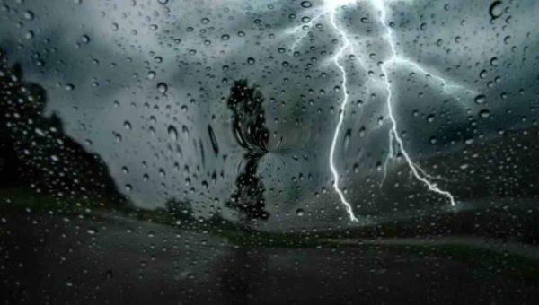 المرجو الحذر...استمرار نزول الزخات المطرية الرعدية وهذه هي المناطق المعنية