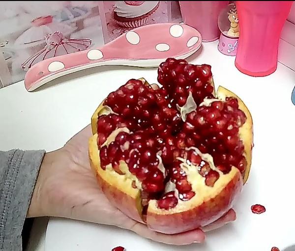 الرمان...فاكهة سحرية لفترة الحمل