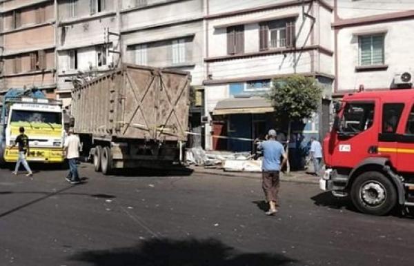 """السلطات الأمنية تكشف عن الرواية الرسمية لحادثة اصطدام """"رموك"""" بأحد المحلات التجارية"""