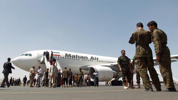 خطير...محاولة اختطاف طائرة إيرانية مليئة بالركاب والحرس الثوري يتدخل
