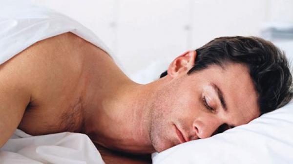ملابس تتعقب نظام التنفس وضربات القلب لدى الإنسان أثناء نومه