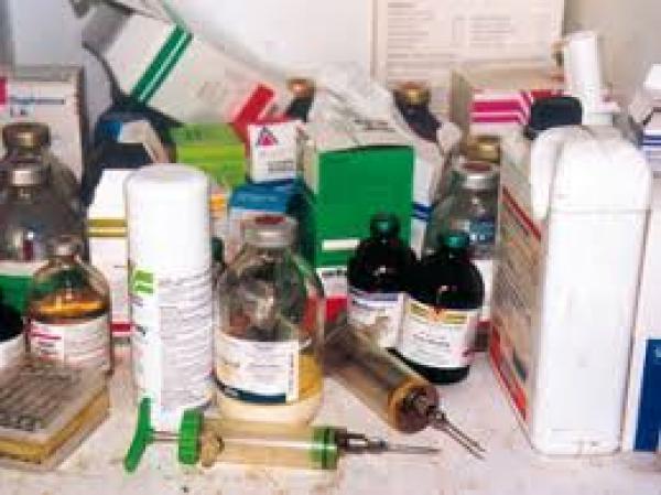 لجنة المراقبة تضبط أدوية بيطرية مهربة وحجز سيارة بسوق شعبي باقليم بني ملال