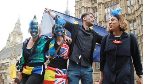 بريطانيون يرفضون البريكسيت