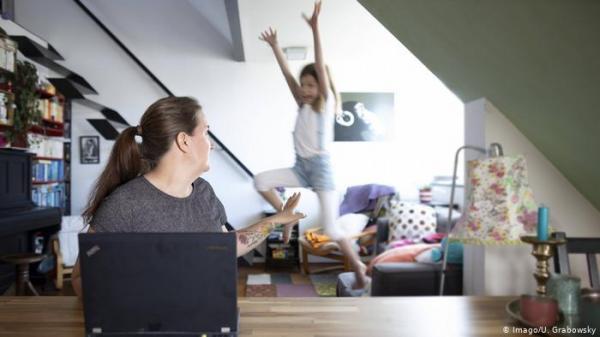 كورونا تدفع 85% من موظفي الوزارت الاتحادية الألمانية للعمل من المنزل