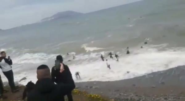 مرة أخرى...هجرة جماعية لأزيد من 145 مغربيا من بينهم أسرة كاملة نحو سبتة المحتلة (فيديو)