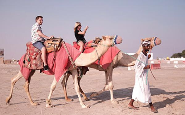"""السعودية تقدم المزيد من """"التنازلات"""" لجلب المزيد من السياح الأجانب لبلاد الحرمين"""