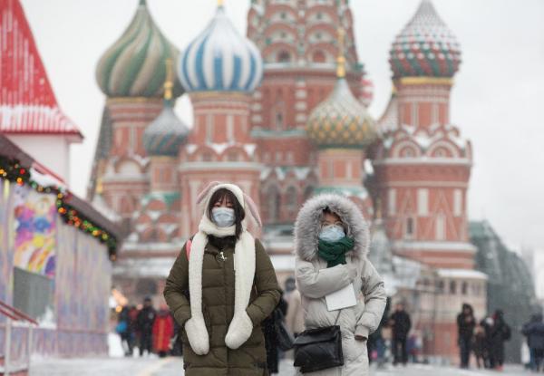 روسيا تسجل أقل إصابات يومية بفيروس كورونا منذ 29 أبريل