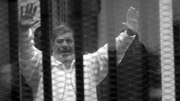 """مغاربة وعرب يقدمون على مبادرة رائعة تجاه الرئيس المصري المغدور """"محمد مرسي"""""""