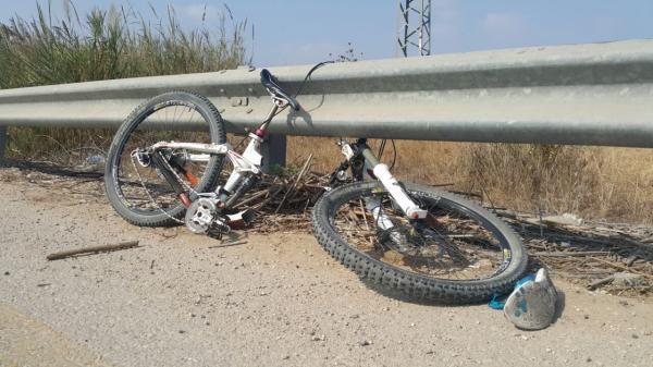 مأساة...شاحنة تدهس تلميذا على متن دراجته الهوائية وترديه قتيلا
