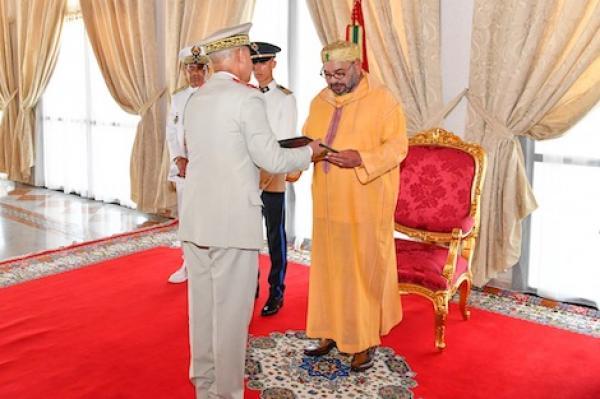 الملك محمد السادس يستقبل بالحسيمة مفتش القوات المسلحة