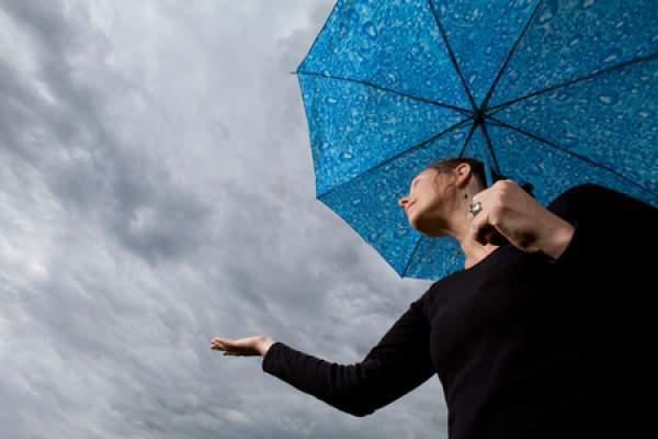 تساقطات مطرية خفيفة وتراجع في درجات الحرارة في عدد من مناطق المملكة