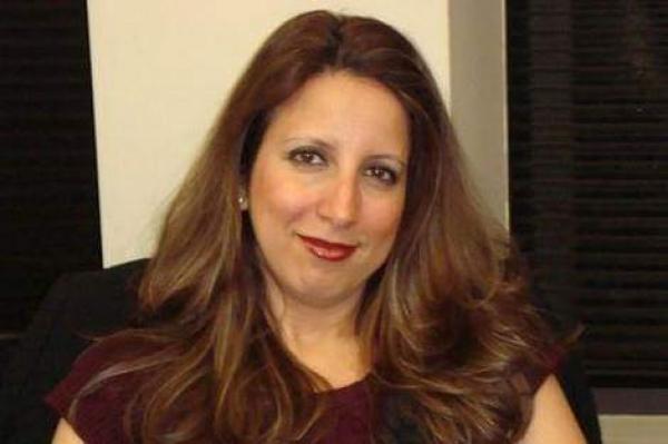 صحافية مغربية شهيرة تقدم استقالتها من قناة الحرة الأمريكية وتترك رسالة مؤثرة