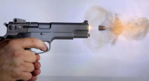 إطلاق نار على مجرم هاجم مواطنين و رجال أمن بالسلاح الأبيض بالدارالبيضاء