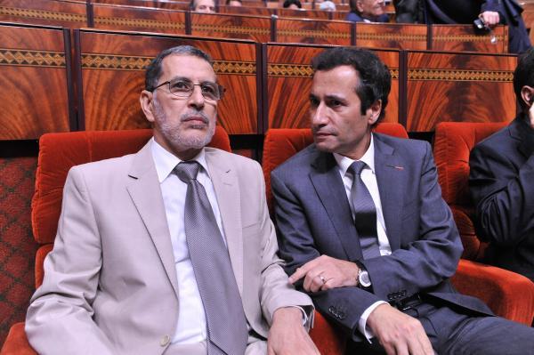"""من نصدق...""""بنشعبون"""" يطمئن المغاربة ووالي بنك المغرب يحذر من """"برنامج تقويم هيكلي"""" مدمر على الأبواب"""