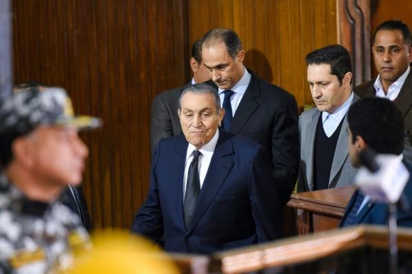 القضاء المصري يبرئ نجلي حسني مبارك من تهمة التلاعب بالبورصة