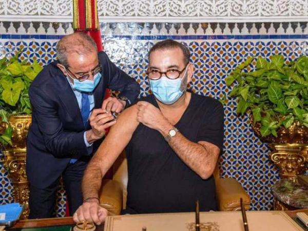 الملك يأمر بالمرور إلى السرعة القصوى في حملة التلقيح ضد فيروس كورونا